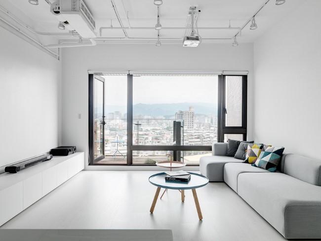 Стильная минималистическая гостиная тайваньской квартиры.