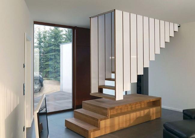 Необычная лестничная конструкция от творческой команды Blässe Laser Architekten.