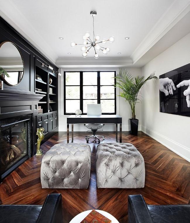 Роскошный современный офис с элементами черного и белого цвета.