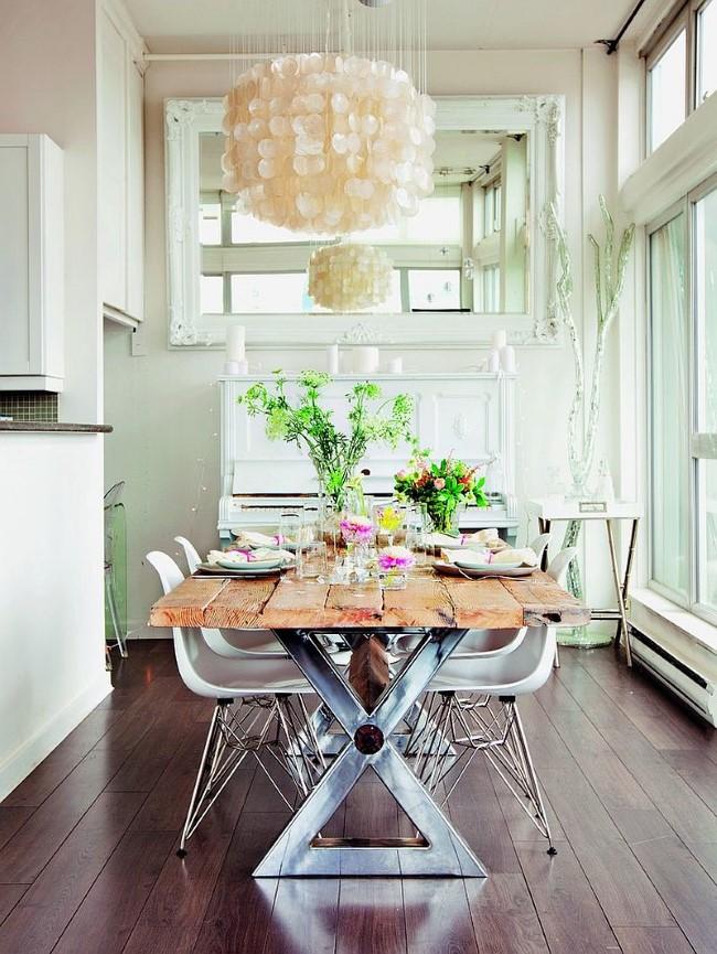 Стильная шебби шик столовая с мебелью в индустриальном и современном стилях.