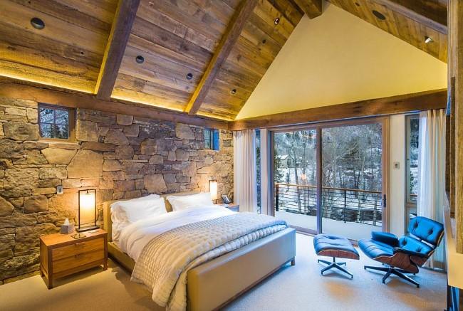 Стильная спальня с элементами современного и деревенского стилевых направлений.