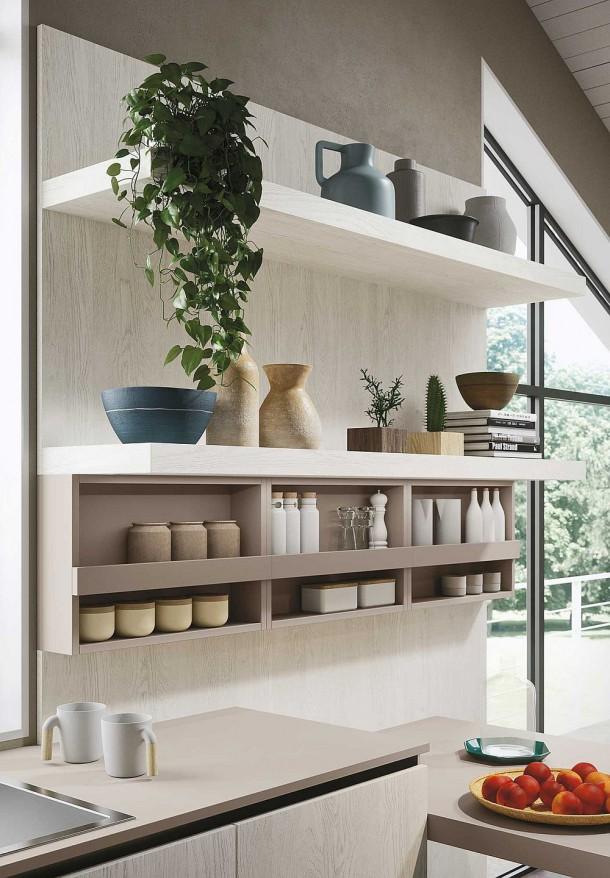 Очаровательная кухня открытой планировки в повседневном стиле