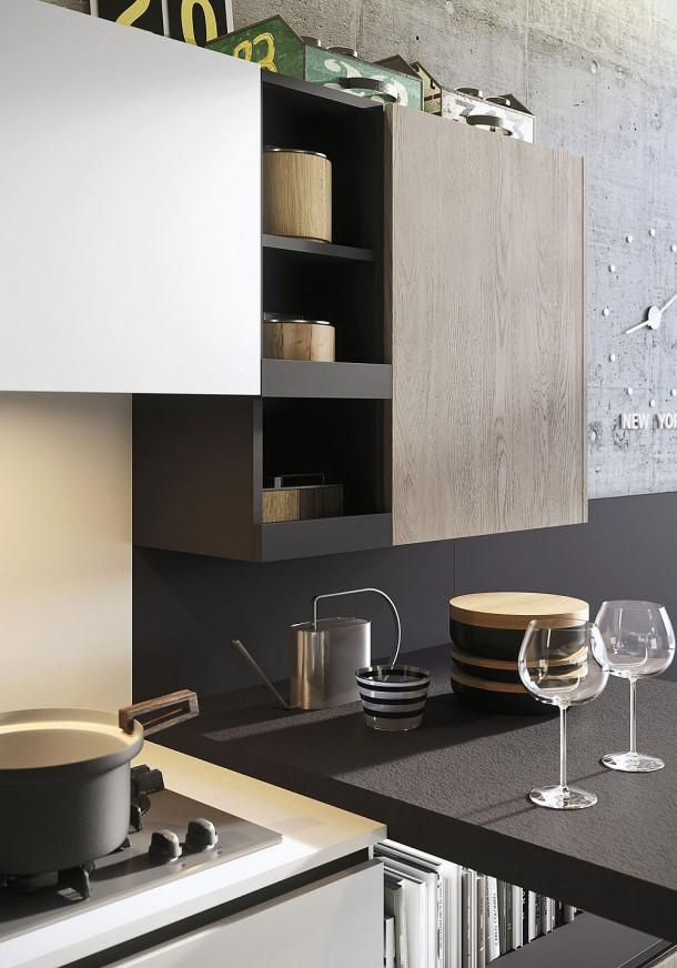 Навесные шкафы на дизайнерской кухне
