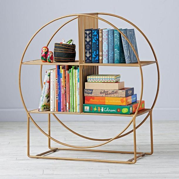 Книжный шкаф в форме колеса