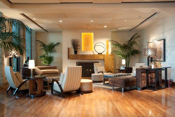 Необычное оформление потолка и удивительный декор создают образ этого дома