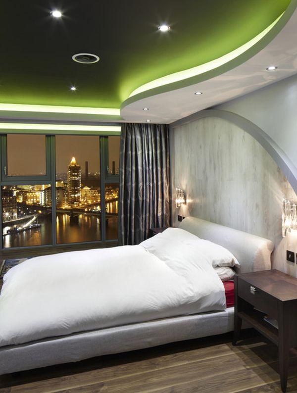 Дизайн футуристичной спальни с захватывающими потолками