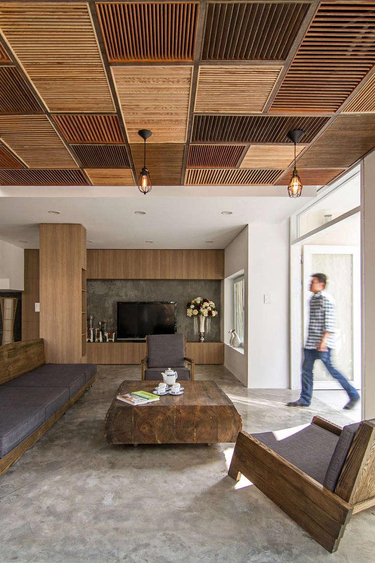 Необычный деревянный потолок