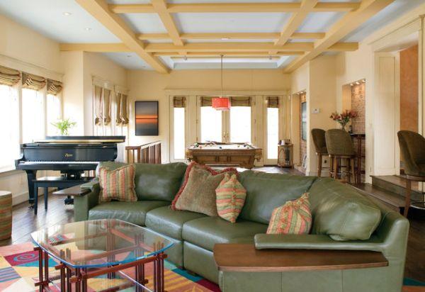 Панельный потолок делает планировку комнаты уникальной